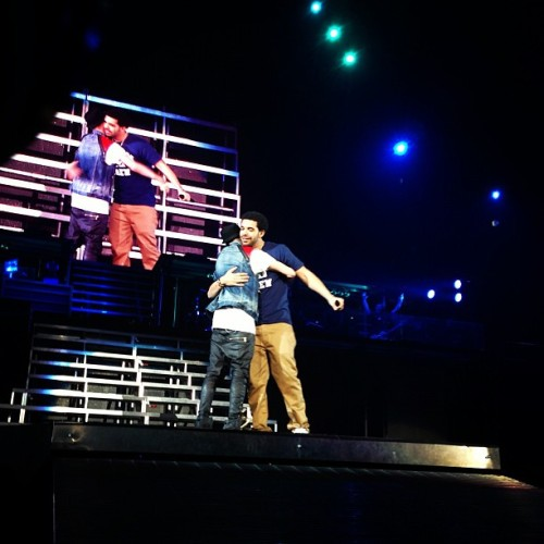 bieber-news:  @alfredoflores: @justinbieber @champagnepapi killing the stage in Toronto!!!