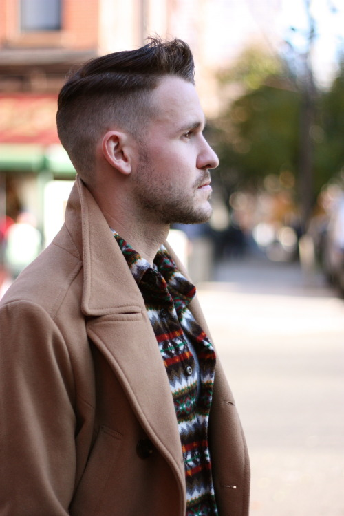 If I could still grow hair on the top of my head, this is a style I would definitely consider rocking.