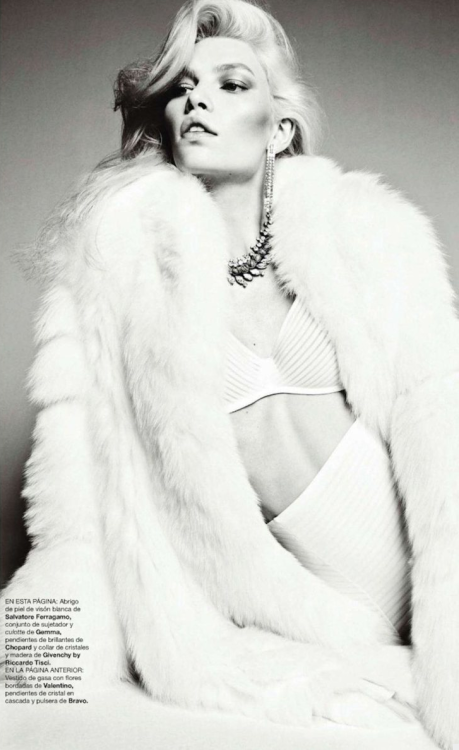 Harper's Bazaar Spain, December 2011 (+) photographer: Txema Yeste Aline Weber
