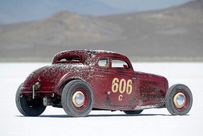 woyo:  '34 FORD AT BONNEVILLE SPEED WEEK by FLUIDIMAGES on Flickr.Via Flickr:© TIM SCOTT  | Do not use without permission | www.fluidimages.co.uk