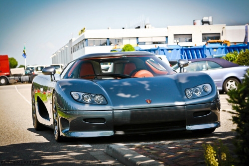Power player Starring: Koenigsegg CC8S (by RobbertK)