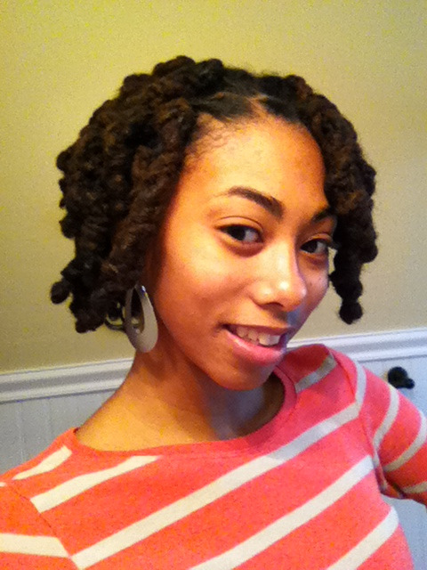 At last - loc knots! Courtesy of my mom :) Now to gird myself for the endless questions about whether/why I cut my hair >_<