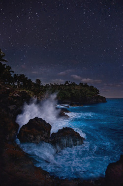 xusa4life:  Pacific Midnight by Michael Anderson by AndersonImages on Flickr.