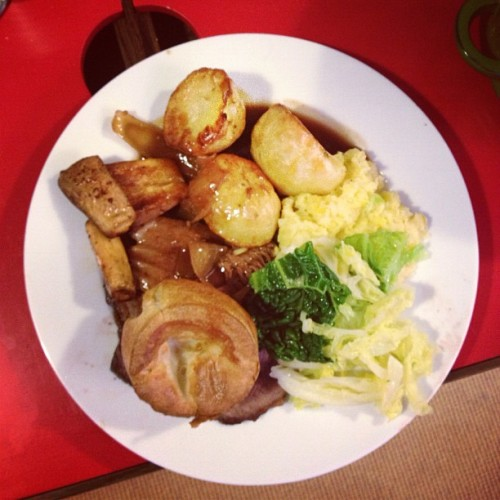 Sunday roast's I've missed you!!!! Back in London for a minute! Roast by Mable Cable & Kate Moross