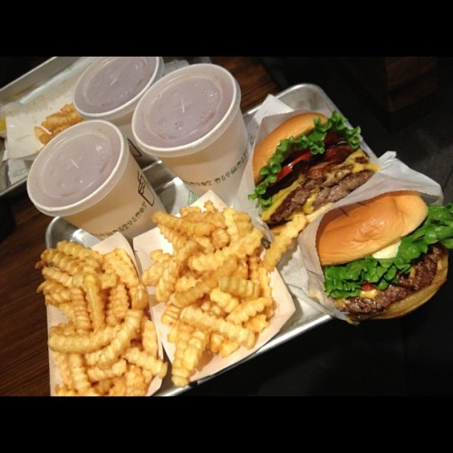 FIRST SHAKE SHACK!!!!! (at Shake Shack)