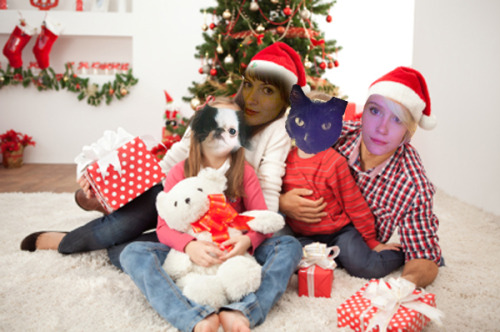 expectdelay:  sailorv:  Fambly Christmas Photo 2012, the Pendleton-Parkinson House  Merriest Christmas.