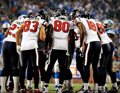 hayleym-m:  Texans win 24-10 against the Titans! 11-1 and in the playoffs for the second consecutive year!