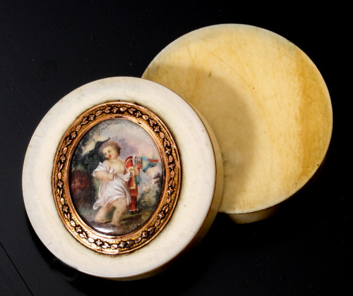 Antique snuff box, French with miniature painting set into an 18k gold mount. Ivory body, c. 1780-1830.  Tortoise shell interior.