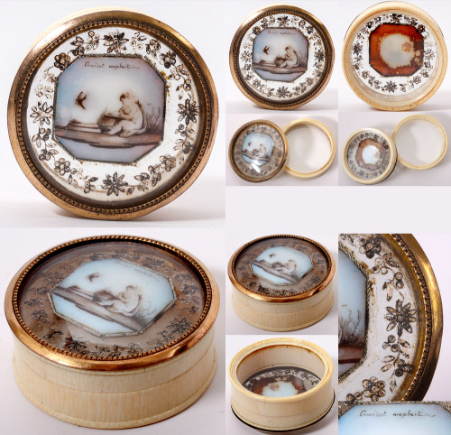 Antique c. 1770-1820 French bon-bon box (candies or pastilles box) in ivory with painted opaline inset, glass bottom.