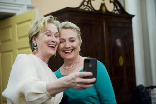 awesomepeoplehangingouttogether:  Meryl Streep & Hillary Clinton
