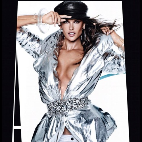 Mani for Stunning @angelalessandra by #mariotestino @voguespain Dec 2012 #mariosgirls #naillyfe #lovemyjob