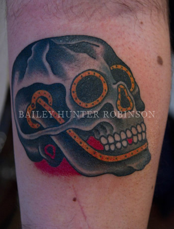 been doing a lot of skulls lately…..love tattooing skulls! never gets old and is always fun.