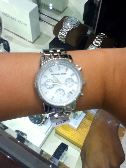 Michael Kors watch :) hope my momma buys me this for Christmas :)