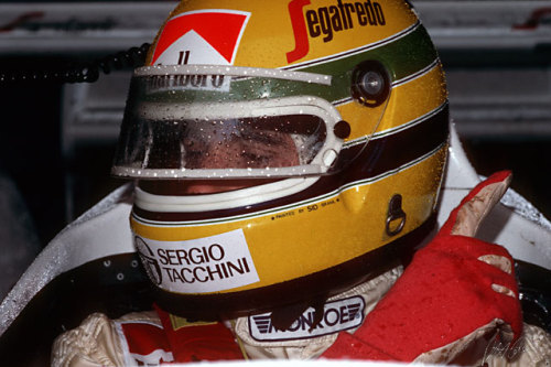 Senna in the wet.
