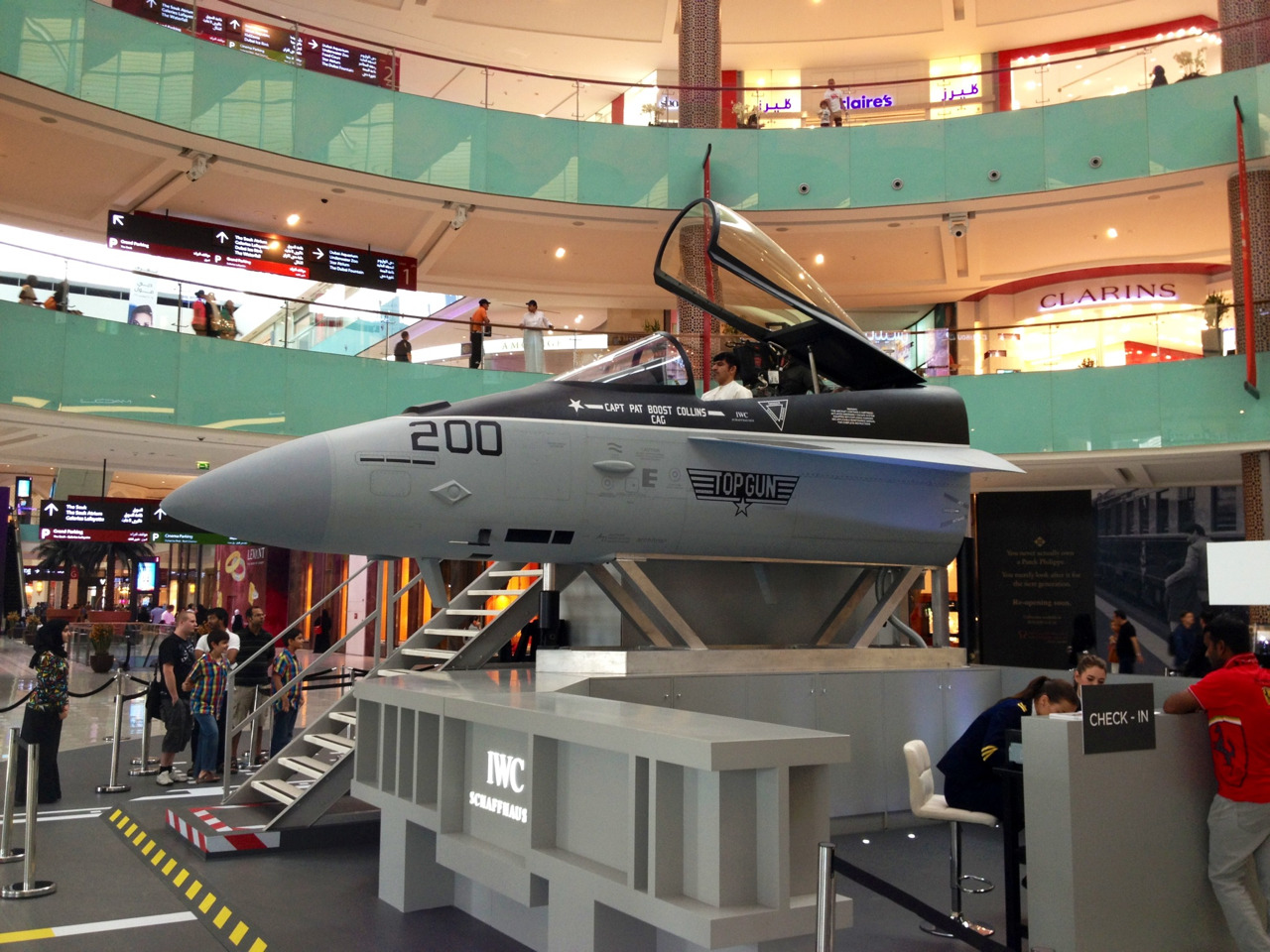 Now THAT'S an activation! Full-on fighter jet simulator in Dubai Mall. For a luxury watch brand, of course.