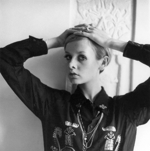 Twiggy.  photo by Cecil Beaton