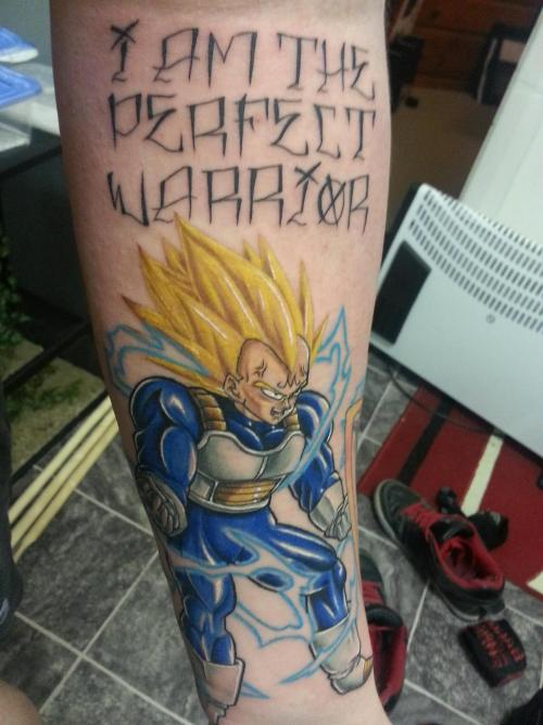 Con este tattoo mantendré mi virginidad over 9000