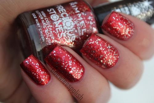 Rimmel Ruby Crush on Flickr.Such a christmas-y nail polish!www.coewless.wordpress.com