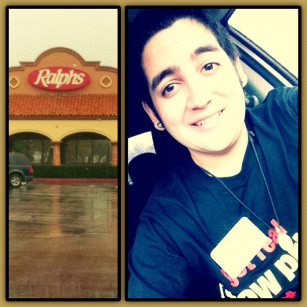 Day one of #training at #Ralphs #717. #excited and #nervous all at once. 😟😦😧😲😷 #work #promotion #me #gayboy #instagram #socal #framemagic (at Ralphs)
