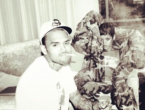 Yet another revealing photo of Chris Brown and Rihanna on Instagram. Click for more!