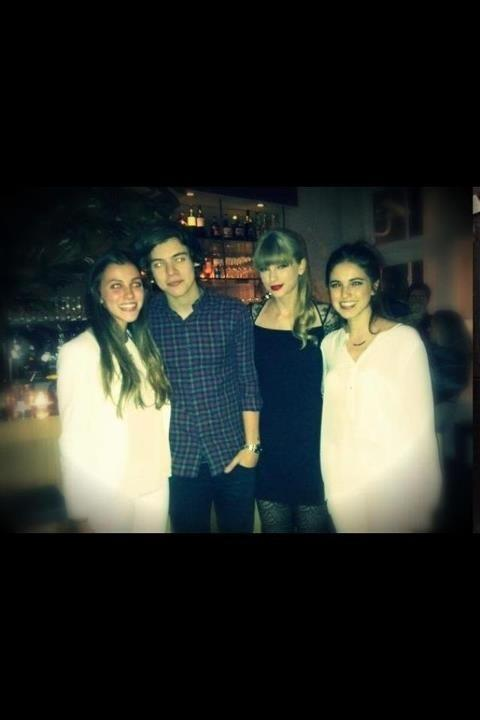 Taylor with Harry Styles and fans last night (12/2/12)