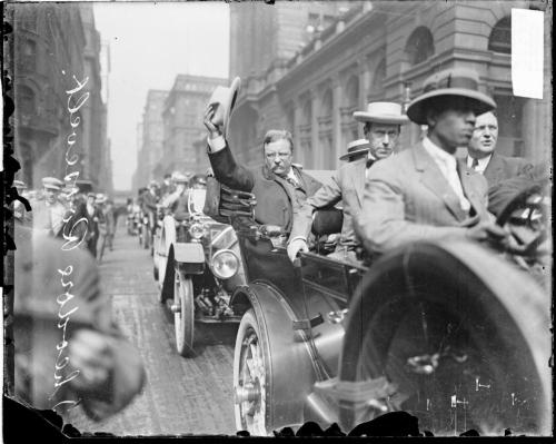 chicagohistorymuseum:  President Theodore Roosevelt in a procession along W. Jackson Blvd. in the Loop. He was in Chicago during the Progressive Party National Convention held from August 5-7, 1912. The photograph was taken on August 6, 1912 by Chicago Daily News, Inc.