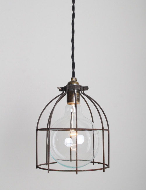therawhouse:  (via TumbleOn)  lights in cages