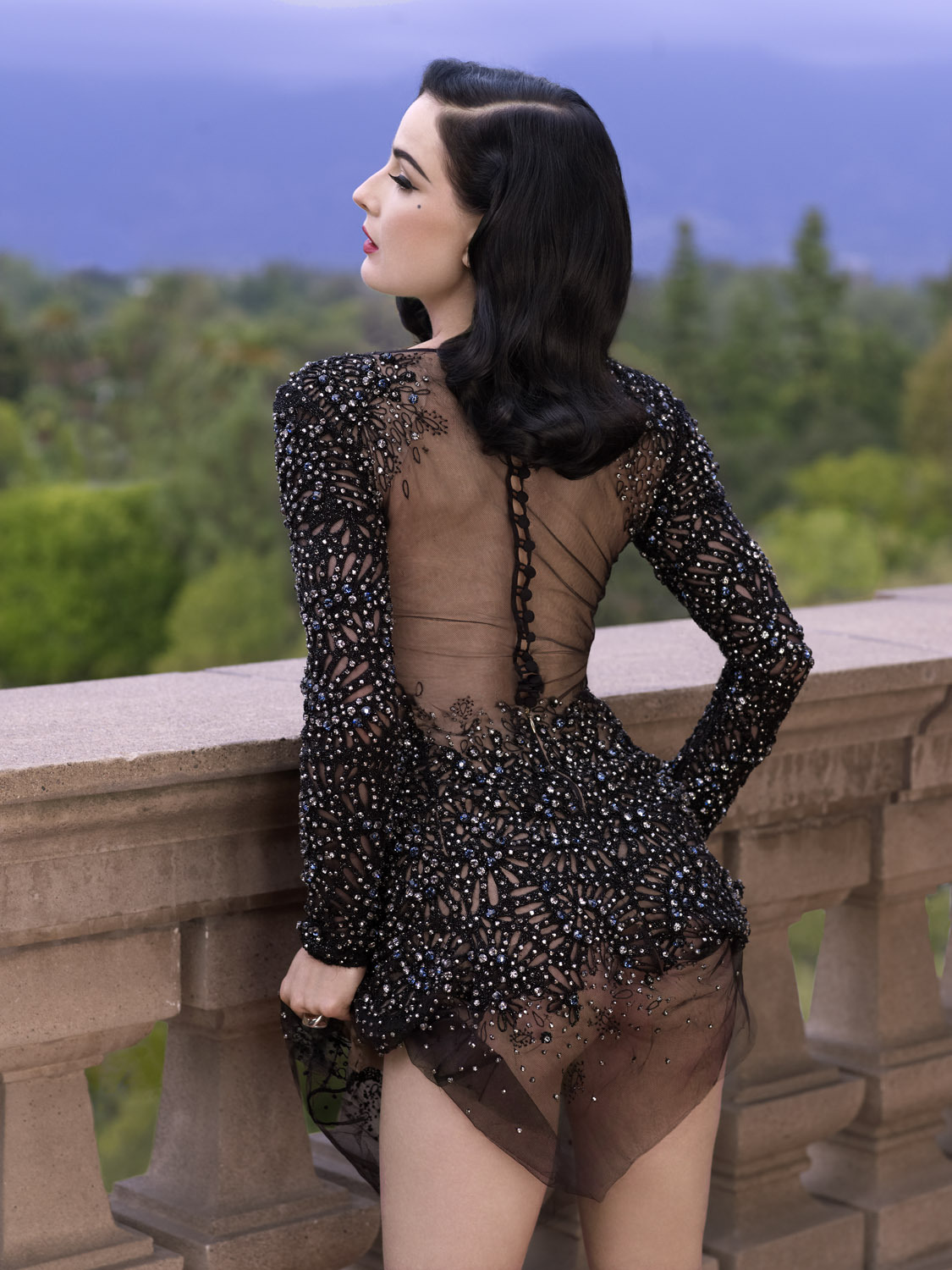 pussylequeer:  Dita Von Teese photographed by Albert Sanchez for Elle Men China, December 2012