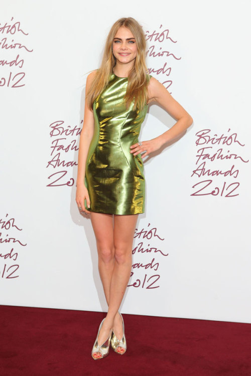 Model Cara Delevingne is one of our best-dressed celebs of the week in a metallic mini by Burberry. Check out the rest of the stars who topped our list »