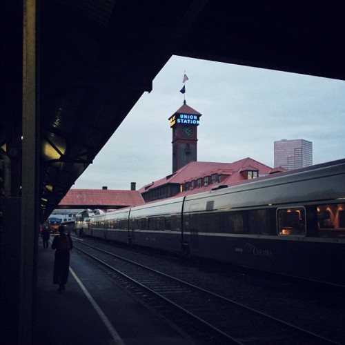 ltalb:  Home at last. #pdx #gobytrain