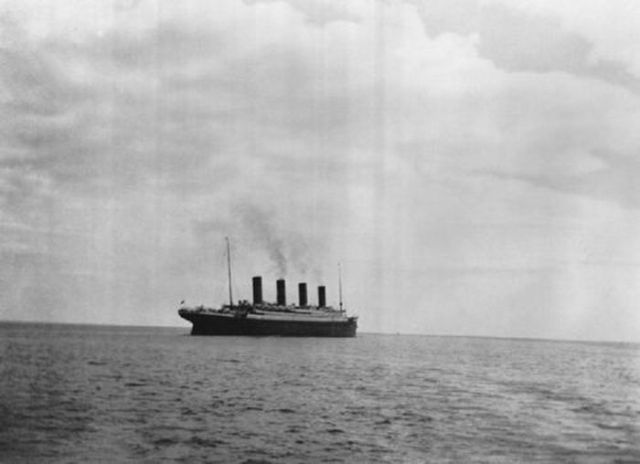 bl-ossomed:   last known photo of the titanic 1912  this gives me chills. it's so weird how people were on there wow