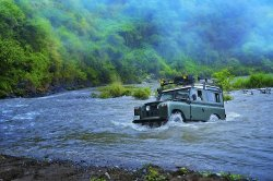 thegentlemenssportingclub:  Land Rover River Crossing   …