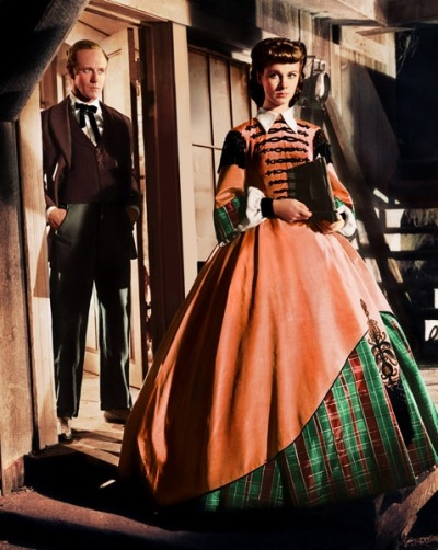 yoursunnystreets:  VIVIEN LEIGH in GONE WITH THE WIND