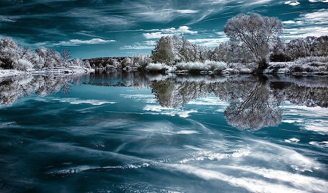 Mirror of Ice