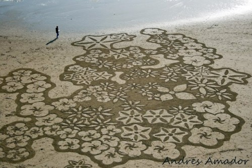 Snow Flakes Sand Art by Andres