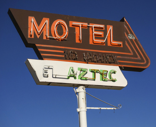 EL AZTEC on Flickr.EL AZTEC MOTEL ~ Aztec, New Mexico USA ~ Copyright ©2012 Bob Travaglione ~ www.FoToEdge.com