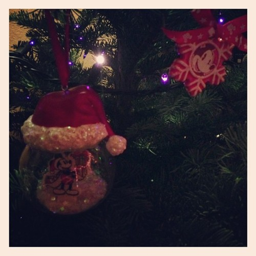 Mickey ornaments! I love Christmas time 🎄😍 #mickey #mouse #christmas #tree #disney