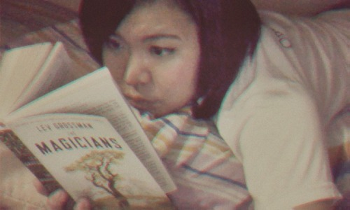Currently Reading: The Magicians by Lev Grossman Yep! Another one, even if I haven't finished the other two books I am also currently reading. Haha. I have been a very bad and disrespectful student by bringing this book to class this morning. Why? Well, I was only supposed to start reading the book during my free time. Turns out, I have been gravely mistaken. Once I started, I could not stop. I did not care even when my professors were lecturing about whatever topics we had for today. I was just there, at one corner of the room, secretly and silently reading the book. It was just so good, I cannot bear to stop. Now that I'm back in my dorm, after all my classes are done, I am still reading. John Green was right that this was something Harry Potter and Narnia fans should look delve into. Lev Grossman's The Magicians is like a Harry Potter novel for older teens. The story is set in a magical place unseen by common people. The main character learns that he is special and is now attending classes for magical craft in a school which I can describe as Hogwarts for mature teens, like a University. It was as if Quentin Coldwater's favorite magical place from his favorite book was finally coming into reality. I am not yet finished reading the book so I cannot tell if it can somehow level with the greatness of Harry Potter. The thing is, even though the concept of this books is loosely based on other fantasy novels, the content has its own appeal. Being a devoted Harry Potter fan and having memorized almost all the events and details in all seven books, coming by a novel with a similar theme that could still capture my interest is quite rare. So, I am very much thankful that I believed in John Green's book recommendations, and got myself a copy.  I hope to finish this book this week since we will be having our first major exams next week.