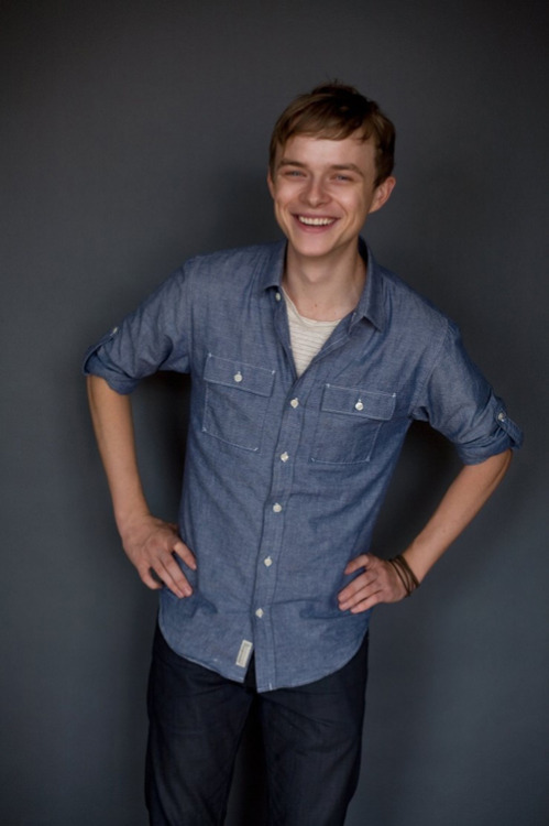 "Dane DeHaan confirmed as Harry Osborn in The Amazing Spider-Man 2 Dane DeHaan has officially been confirmed as the new Harry Osborn in The Amazing Spider-Man 2, with the studio clearly opting for the ""brooding outsider"" approach to the character…"