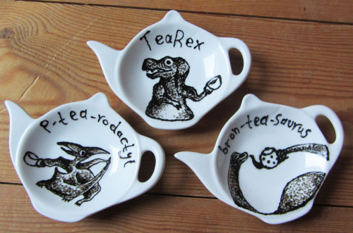 chloemcg:  Dinosaur tea-bag tidy's are now up for sale! Buy them seperately  Or all 3 for £10 here