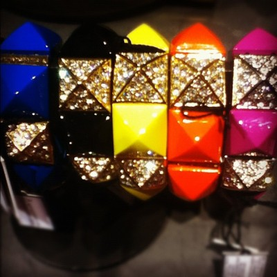 #givemewhatiwant @juicycouture #juicy #pyramids #neon #want #instagood #sparkly