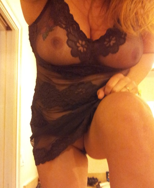 naughtynicegirl69:  My tits are covered with glitter as I am blogging this…lol…this was one from last night…snapped it from a different angle than I usually do…though maybe you might enjoy it…;0