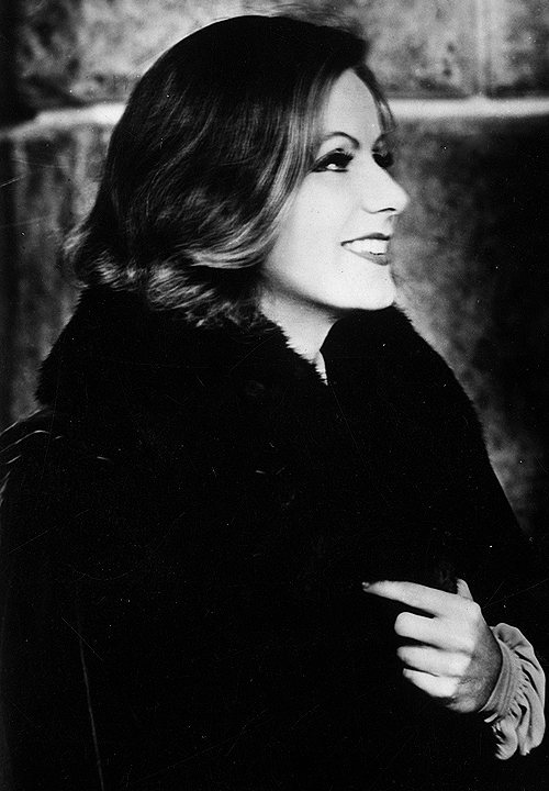 steamboatbilljr:  Greta Garbo on the set of Queen Christina, 1933