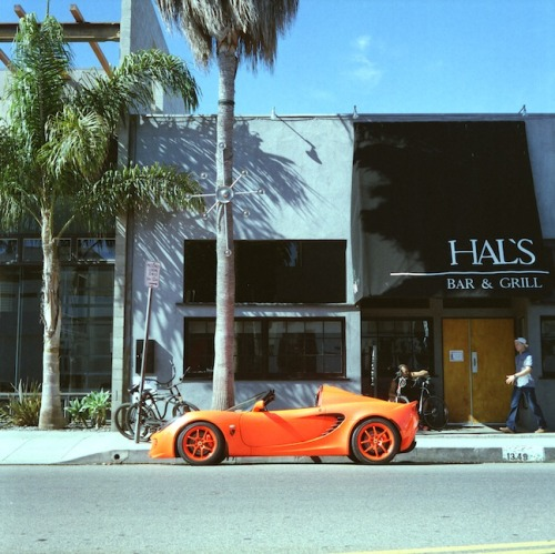 carsontheside:  Lotus Elise on Abbot Kinney