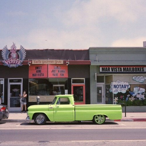 carsontheside:  Green Ford truck on Venice Blvd