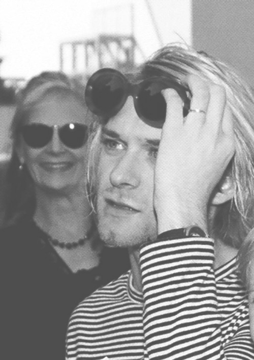 fuckmecobain:  004/120 Favorite Pictures of Kurt Cobain