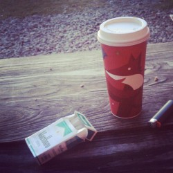 #Starbucks blonde roast and 100s = Perfect Break !  (at Stop & Shop)
