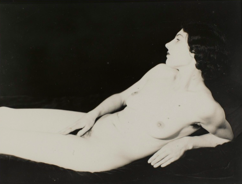 holdthisphoto:  1930 by Man Ray