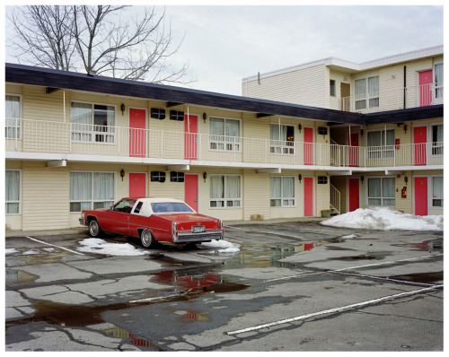 asa3200:  Alec Soth, 2005 Fairway Motor Inn
