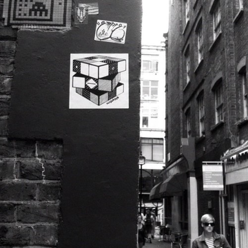 Taking it back to the early days. Young #chickenfarm Rubik's cube, Tooley St., London, 2009. Going to #ig more early Chickenfarm slaps. #rubik #paste #stick #wall #london #street #gochickenfarm #chickenfarm #slap